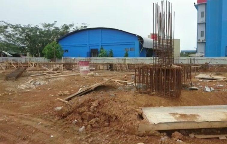 Puluhan Buruh Proyek Gedung Politala Dirumahkan