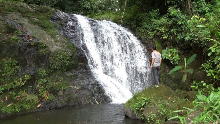 Mengintip Keindahan Air Terjun Malanghit Yang Tersembunyi