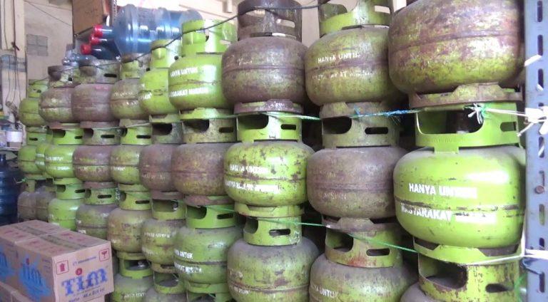 Polsek Banjarmasin Utara Kawal Pembelian Gas LPG 3Kg