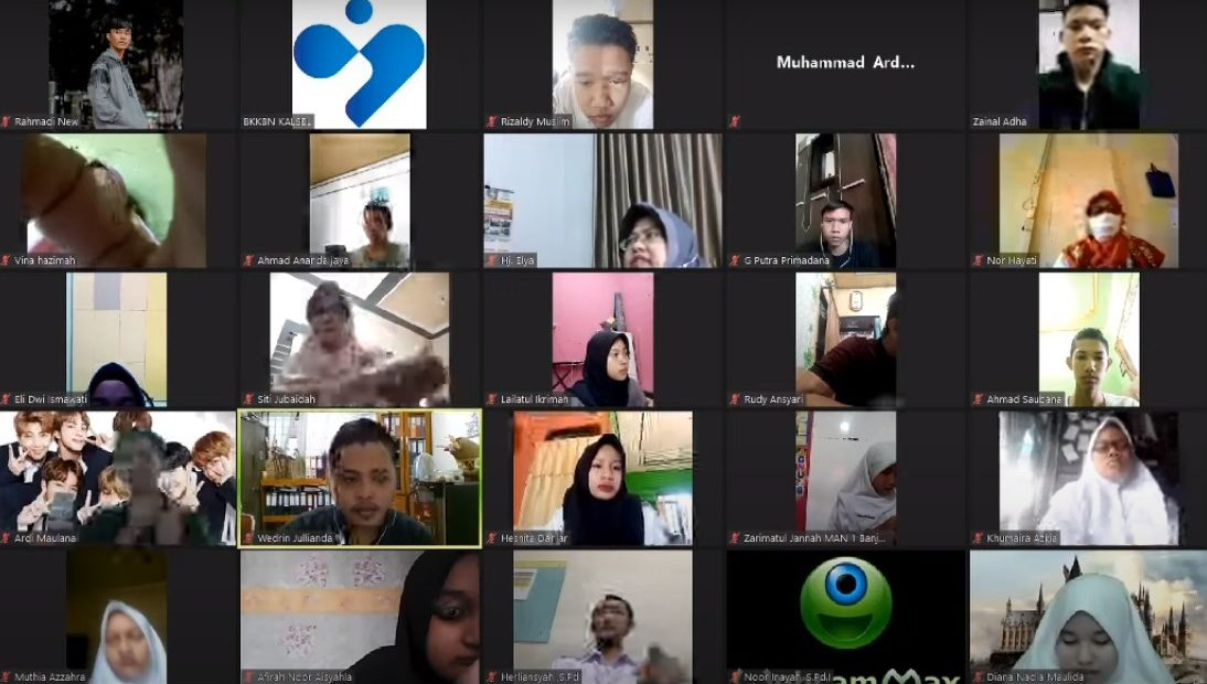 Memperingati International Youth Day 2020 BKKBN Kalsel melalui webinar