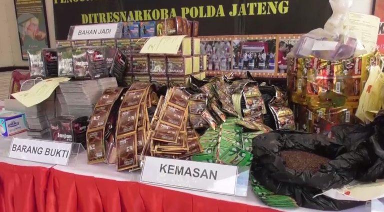 Polda Jawa Tengah mengamankan obat dan jamu illegal
