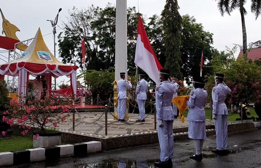 Upacara 17 Agustus di Depan Siring Kotabaru