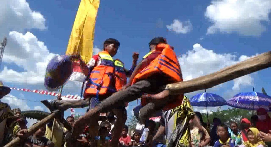 perlombaan 17 Agustus di Desa Salam Babaris