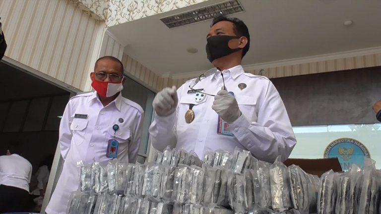 BNNP Amankan Kurir Zenith Beserta 400.000 Butir Pil Zenith
