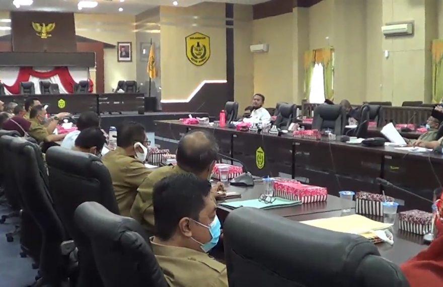rapat DPRD Banjarmasin