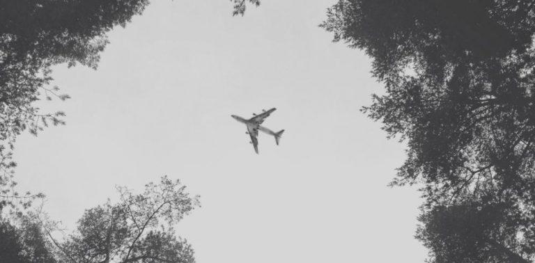 Pesawat Militer Jatuh dan Terbakar di Ukraina, 22 Orang Tewas