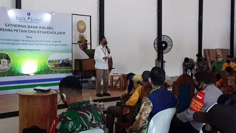 Bank Kalsel kegiatan gathering bersama para petani binaan