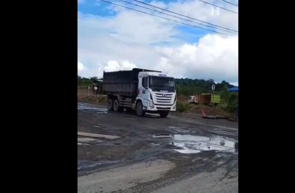 Dishub Kotabaru Sidak Angkutan Tambang Lewat Jalan Negara