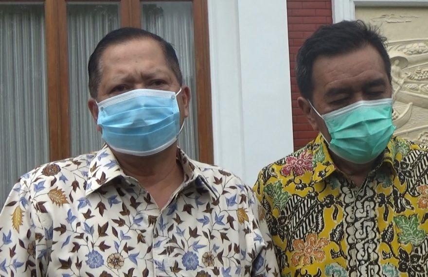 Gusti Iskandar Sukma Alamsyah (kiri)