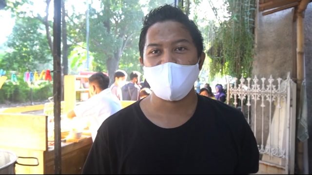 Oki Adri Kurniawan, pengelola Bubur Bakar Badran