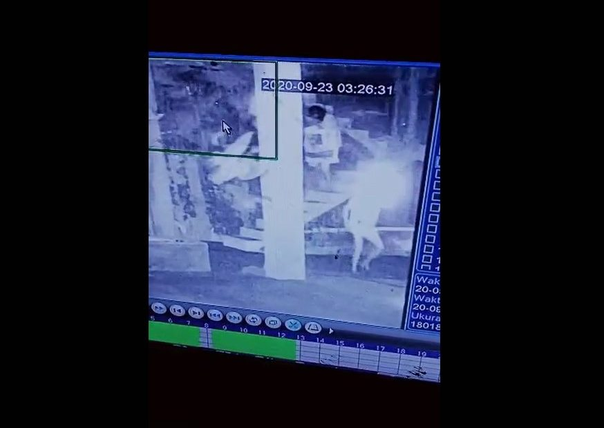 potongan rekaman CCTV