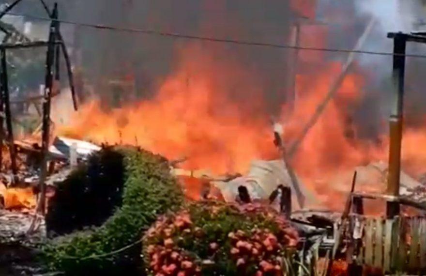 Kebakaran kawasan Desa Kersik Putih RT 12, kelurahan Batulicin