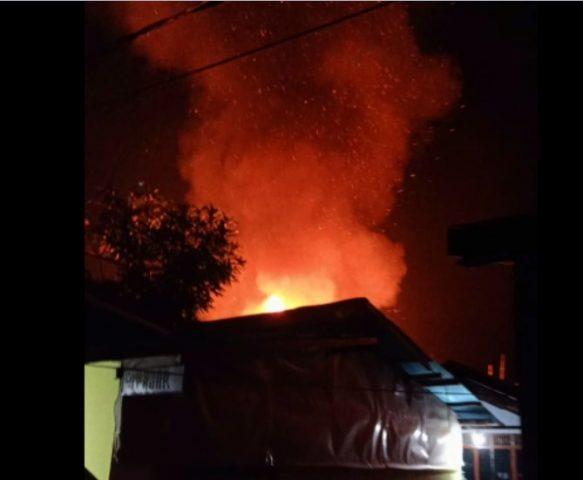 Kobaran Api dikawasan Tembus Mantul
