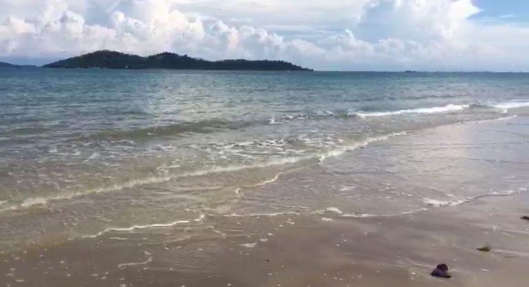 Paman Birin Kunjungi Beberapa Pantai di Kotabaru