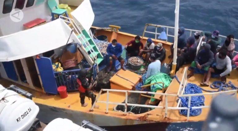 Penangkapan 2 kapal Filipina Pencurian Ikan