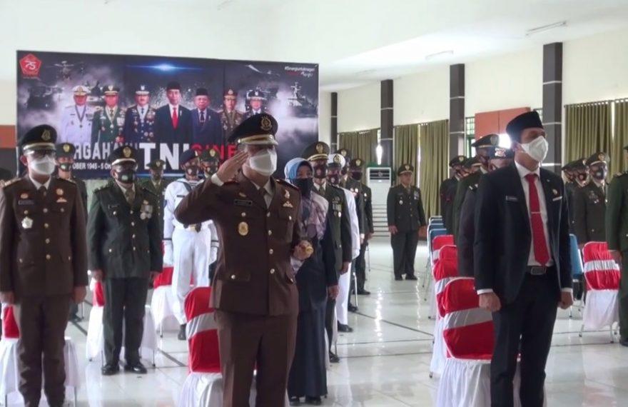 Peringatan HUT TNI Ke-75