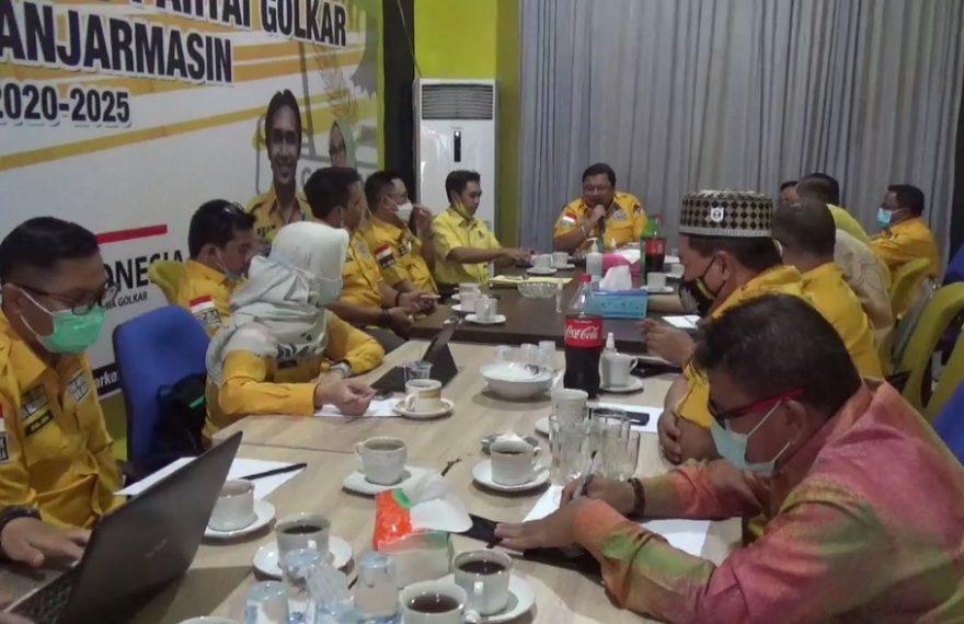rapat pleno dengan agenda menetapkan usulan unsur pimpinan DPRD kota Banjarmasin