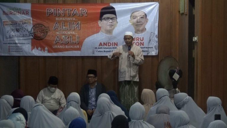 Andin & Guru Oton Sapa Emak – Emak di Desa Kampung Melayu