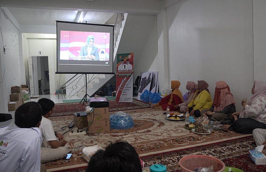 relawan nonbar debat di markas sekertariat Haris-Ilham