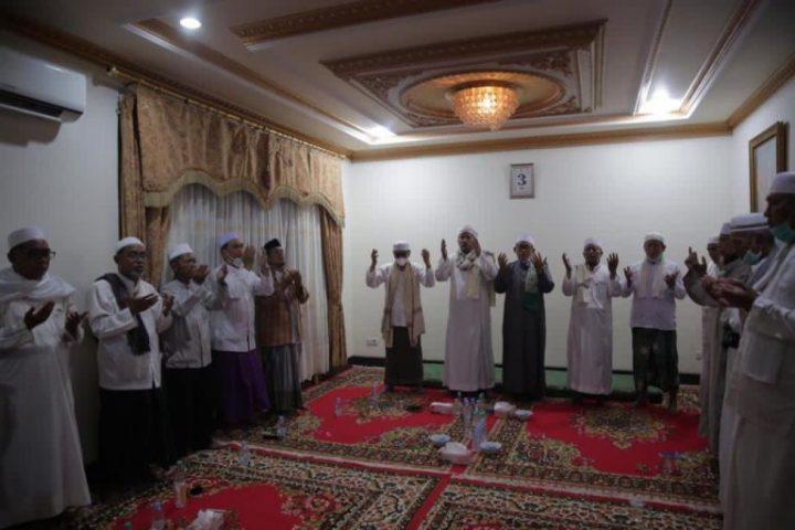 Jelang Pencoblosan, Relawan ZR Kembali Gelar Doa Serentak Untuk Pilkada Damai Diseluruh RT