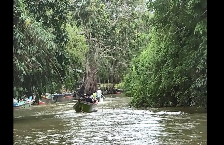 wisata susur Sungai Muara Sabuhur