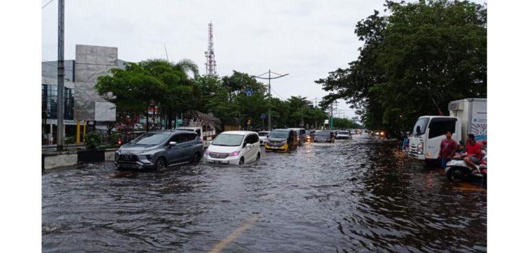 Hujan - Angin - Petir Masih Selubungi Kalsel Hingga Hari ini