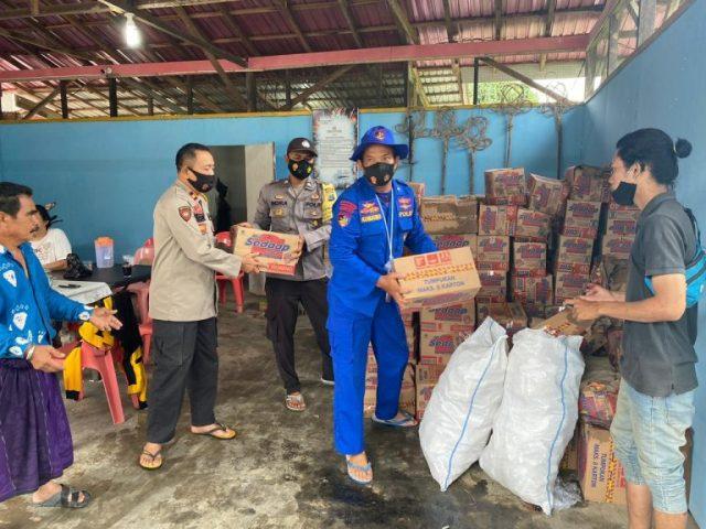 Banjar dan Tanah Laut Direndam Banjir, Polda Kalsel Kerahkan Personel Polairud Bantu Evakuasi Warga