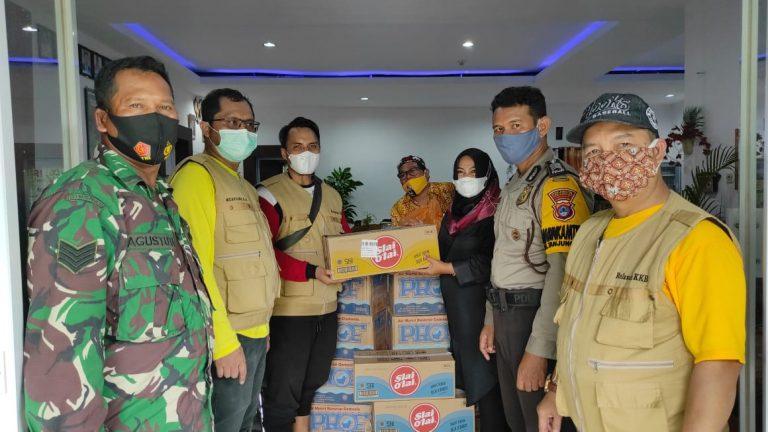 DPD Golkar Banjarmasin dan KKB Salurkan Bantuan ke Korban Banjir