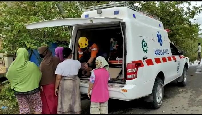 PT. BMB Blok Dua Distribusikan Ribuan Paket Logistik dan Obat - Obatan Untuk Warga Terdampak Banjir