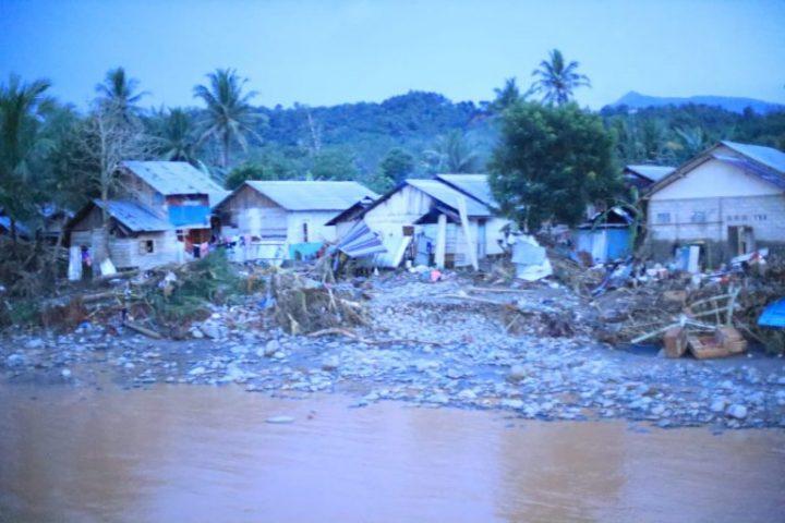 Luluh Lantak, Ratusan Rumah di Hantakan HST Hanyut Tak Berbekas