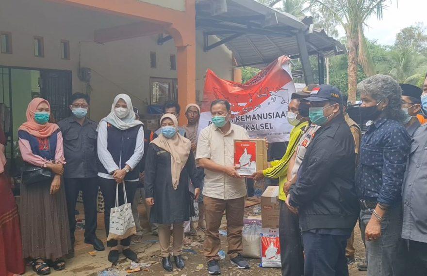 Bawaslu RI berikan bantuan kepada korban banjir Kalsel (foto:duta tv)