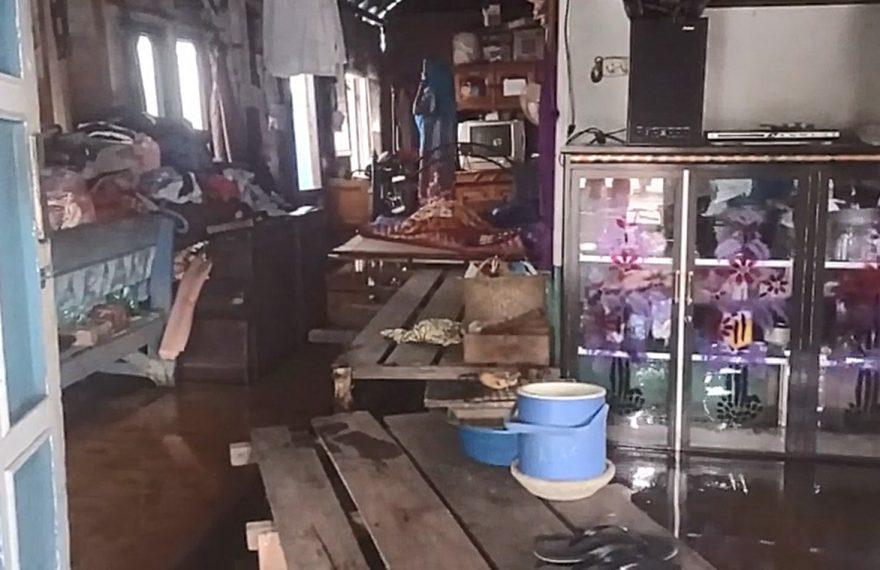 banjir di salah satu rumah warga
