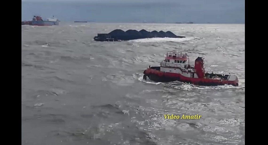 gelombang tinggi dan cuaca ekstrim terekam pada video amatir