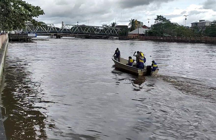 pencarian korban tenggelam (foto:duta tv)
