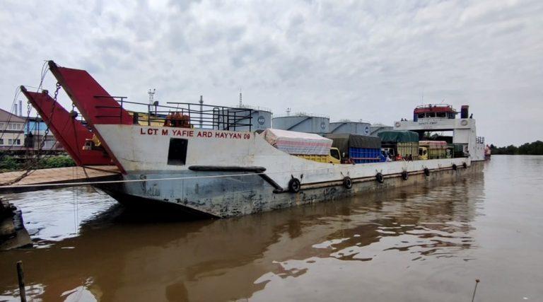 kapal penyeberangan LCT (foto:duta tv)