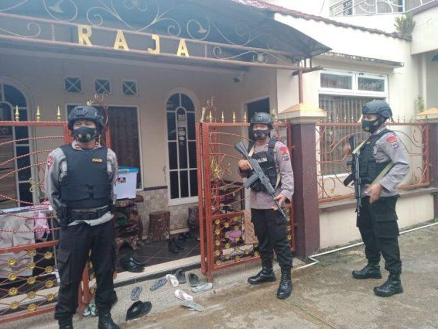 Aparat Kejaksaan Lanjutkan Penggeledahan Toko Alya Galeri dan Rumah Pemilik Toko