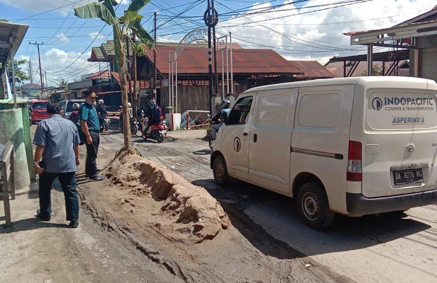 Kondisi jalan Tembus Perumnas Kayu Tangi