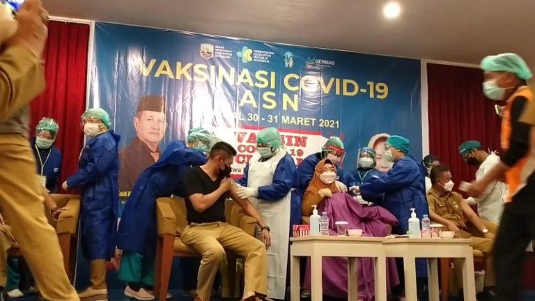 Vaksinasi Covid-19 tahap II di kabupaten Kotabaru