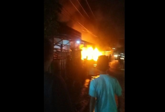 kebakaran di Desa Gudang Irang (foto:relawan)