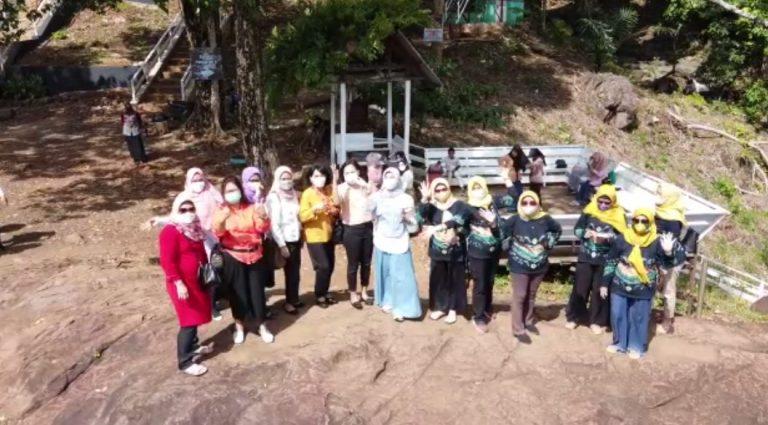 Dispar Tala Benahi Gunung Kayangan