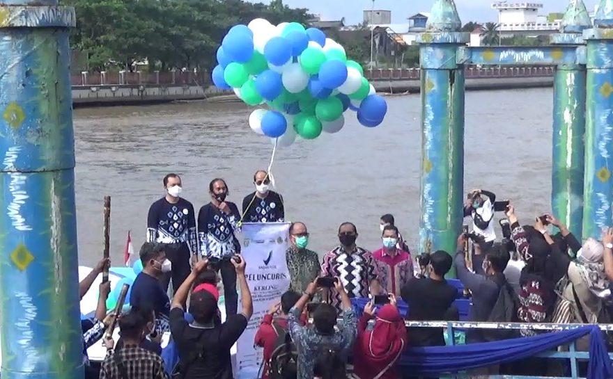 Peluncuran Kerling di Sungai Martapura