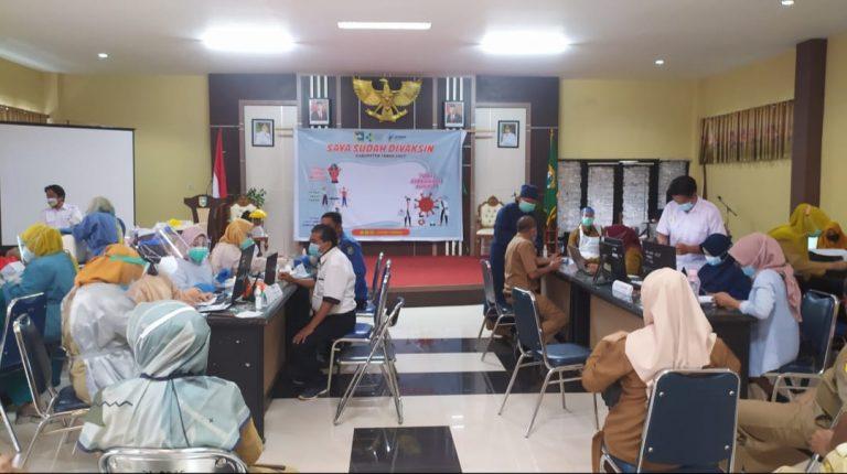 Kegiatan Vaksinasi di Kabupaten Tanah Laut (foto: duta tv)