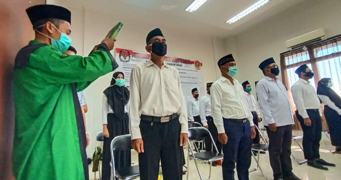 KPU melantik petugas Adhoc Panitia Pemilihan Kecamatan (PPK) Banjarmasin Selatan, dan Petugas Pemungutan Suara (PPS) (foto:duta tv)