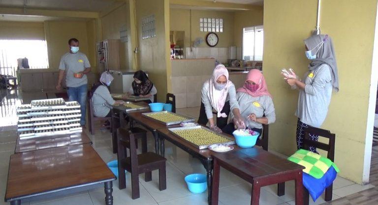 Pembuatan Kue Kering