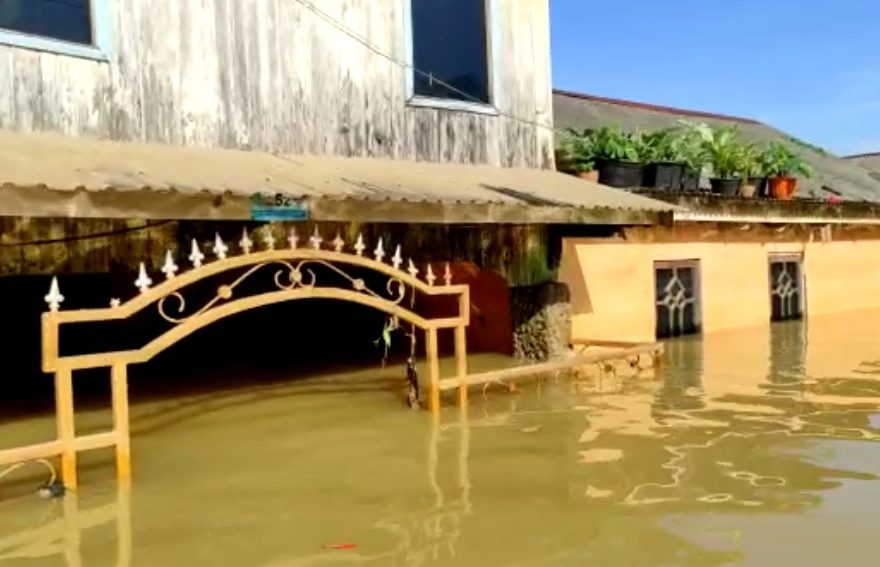 1.5 meter Penurunan Debit Air Banjir Kata Tim Basarnas
