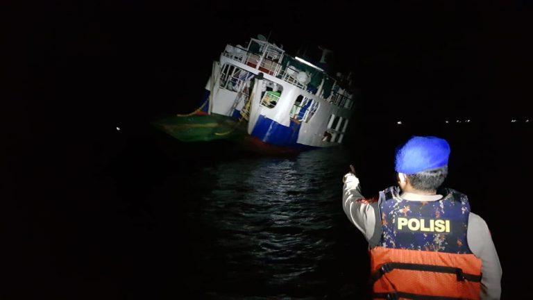 Ini Penyebab Kapal Penyebrangan KMP Jembatan Musi II 'karam' di Selat Pulau Sewangi.