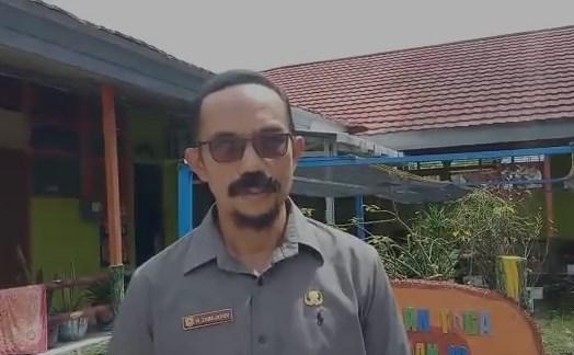 Zaini Juhdi Kepsek SMAN 10 Banjarmasin