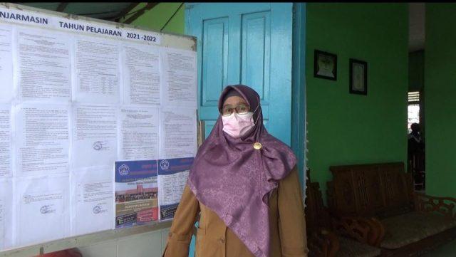 Fatimah Kepsek SMPN 18 Banjarmasin