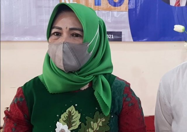 Hj Rahmi Tadjudinnor Pembina Yayasan UNISKA Mab.