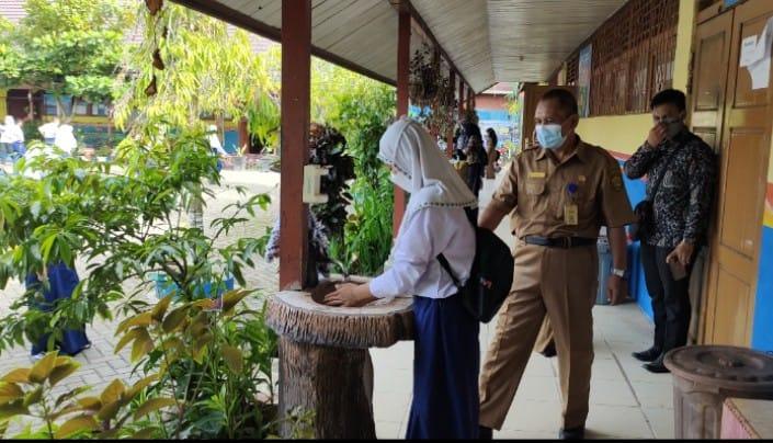 Hari Pertama PTM di SMPN 12 Banjarmasin